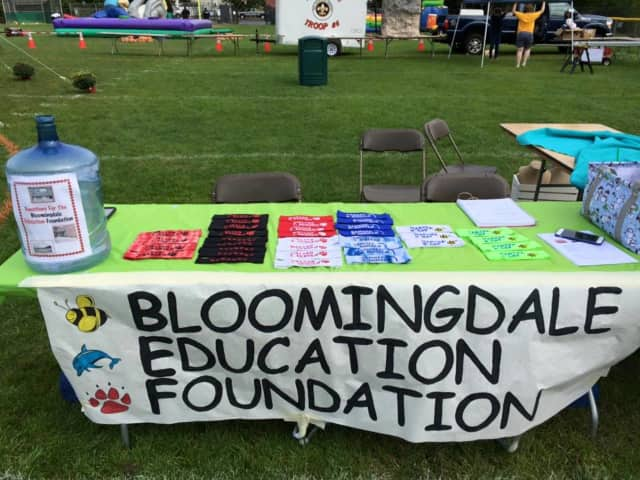 The Bloomingdale Education Foundation started its 50/50 raffle.