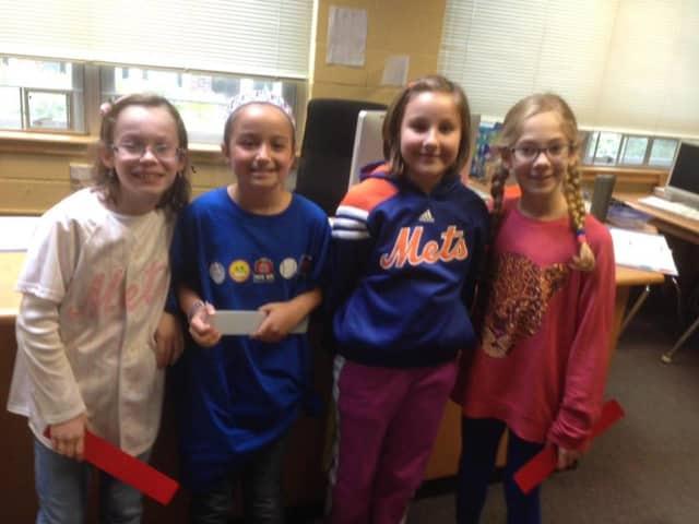 Fourth-graders enjoy School Spirit Day at Coolidge School in Wyckoff.