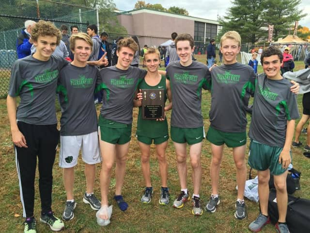 The Pleasantville Boys' Varsity Cross Country team won its second consecutive Wetechester County Championship.