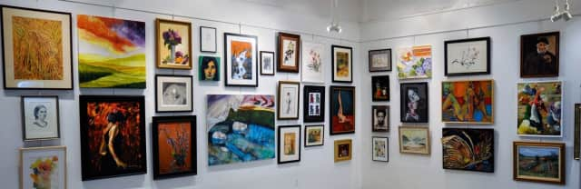The White Plains Center for the Arts Gallary features six exhibits every year.