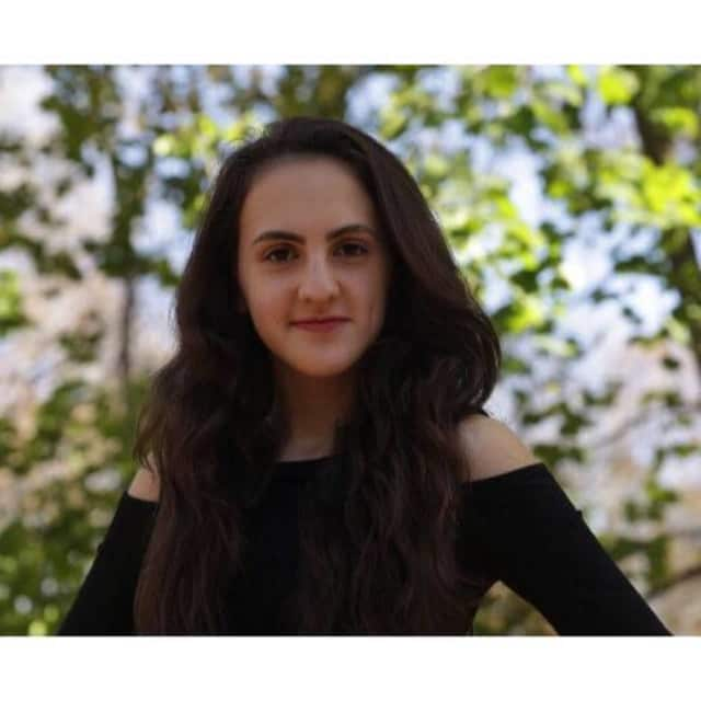 Deena Shefter of Ridgewood, 17.