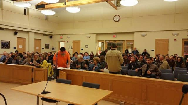 The Mahwah Township Council introduced a proposed ban of unregulated pipelines in the area, thanks to a strong turnout at the Dec. 7 meeting, when residents opposed a plan to build a stretch of pipeline in the township.
