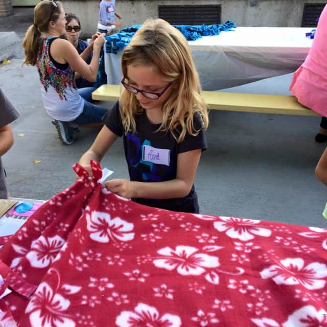 Midland Park students created no-sew blankets for Project Linus.