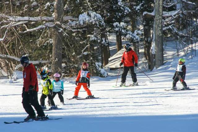 The Jr. Race Program is Campgaw Mountain's entry level race training for younger athletes ages 8 to 13 or those interested in becoming racers.