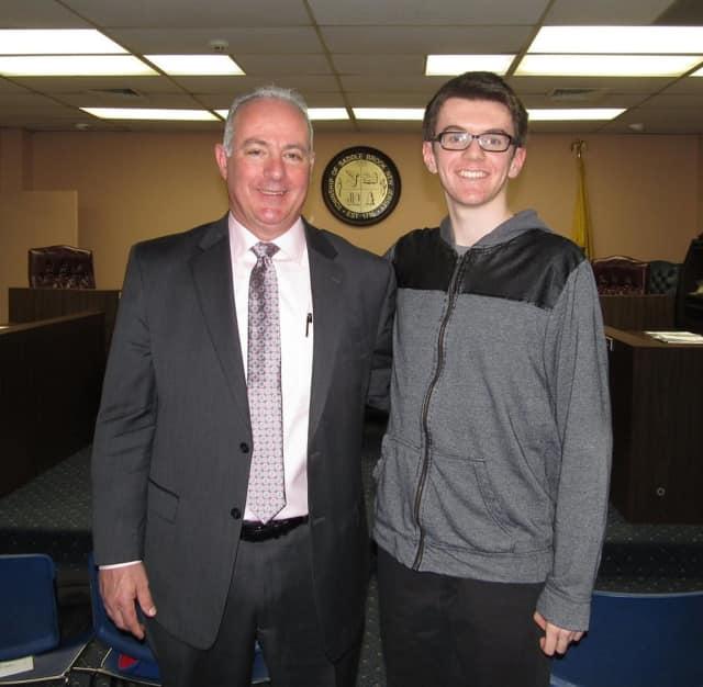 Saddle Brook Mayor Robert White will host the next Mayor's Youth Group meeting on Feb. 27.
