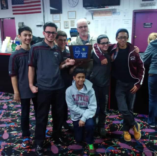 The Clifton High School bowling team.