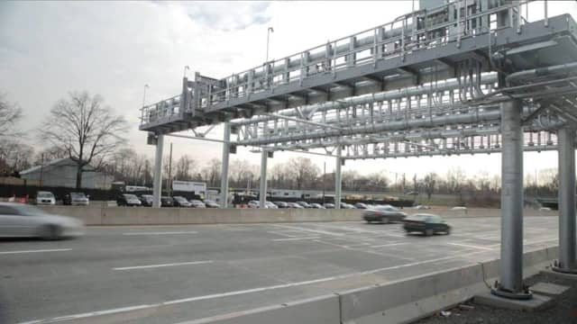 New electronic toll equipment goes live April 23 for the Tappan Zee Bridge. Drivers are being encouraged to use E-ZPass.