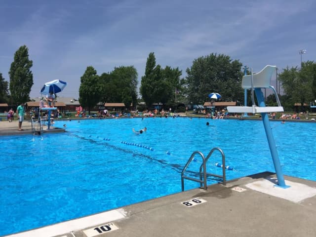 Too Hot These Bergen County Pools Offer Non Resident Memberships Hackensack Daily Voice