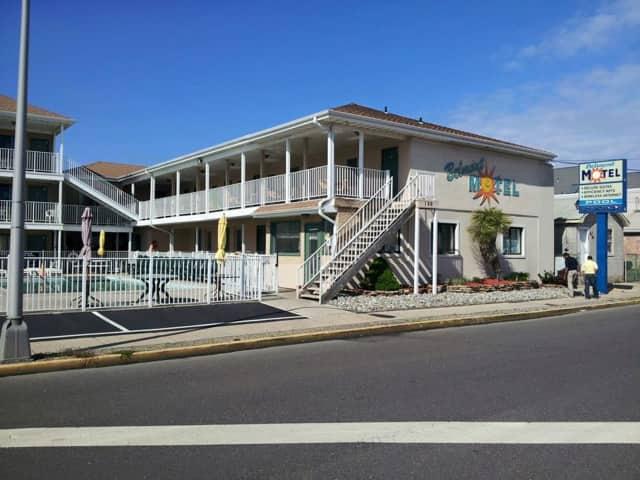 The Belmont Motel.