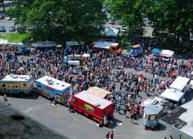 First ever Bergen County Food Truck Festival comes to Lyndhurst.