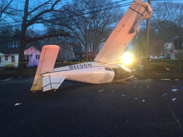A small play flown by a Hudson Valley man crashed in a Long Island neighborhood on Sunday.