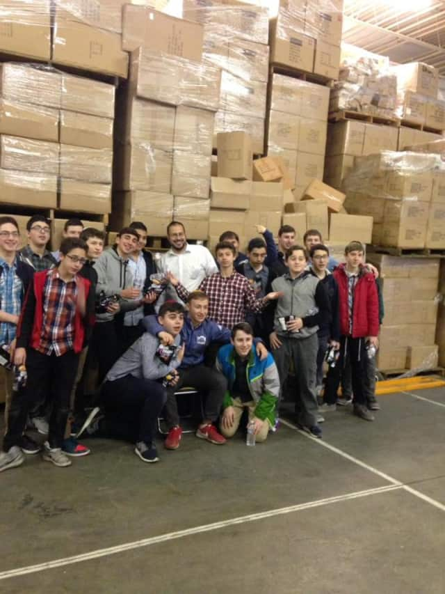 KosherTroops has been working to send food to Jewish servicemen and women for nearly a decade.
