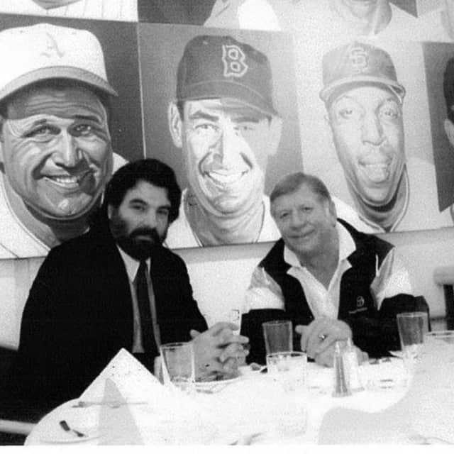 Molito, left, with Mickey Mantle in his restaurant on Central Park West in 1990.