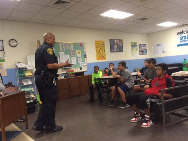Detective Terrence Fudge of the New Rochelle Police Department discussed making smart decisions and street awareness.