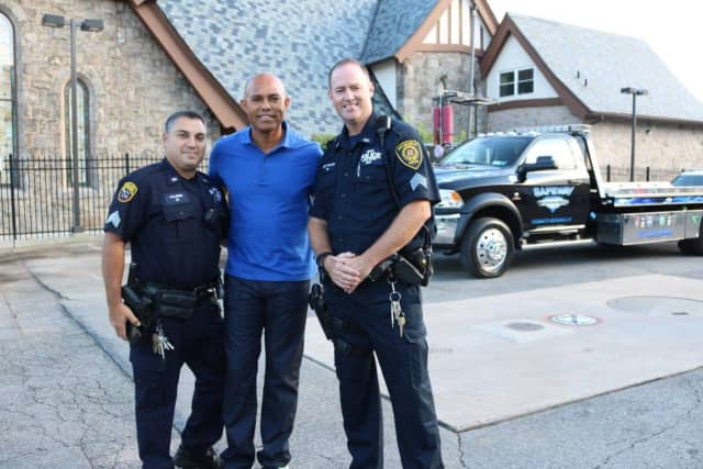 Mariano Rivera with members of the New Rochelle police department in 2016. Rivera is a New Rochelle resident.