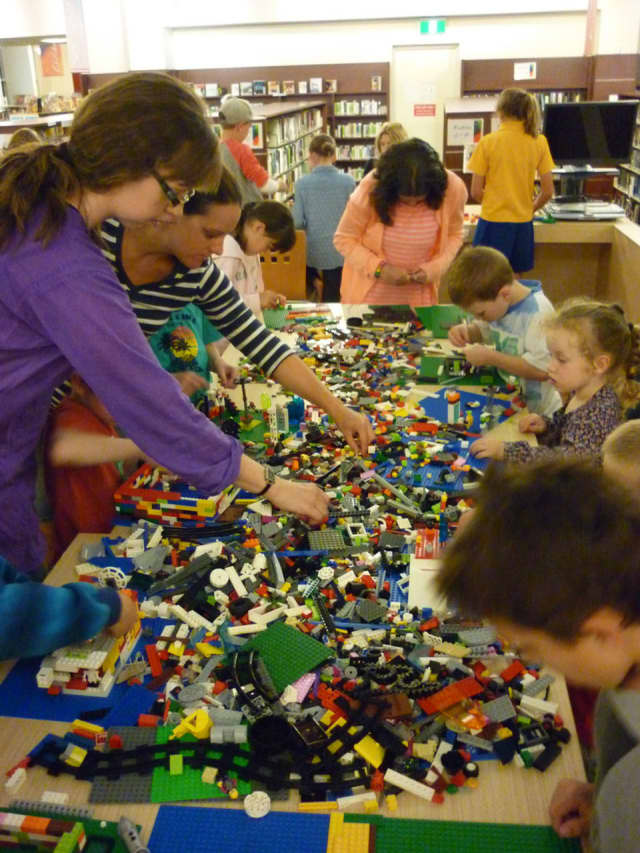 The Grinnell Library will hold a Lego building hour from 11 a.m.-noon Saturday, Jan. 16, for children ages 6-12.