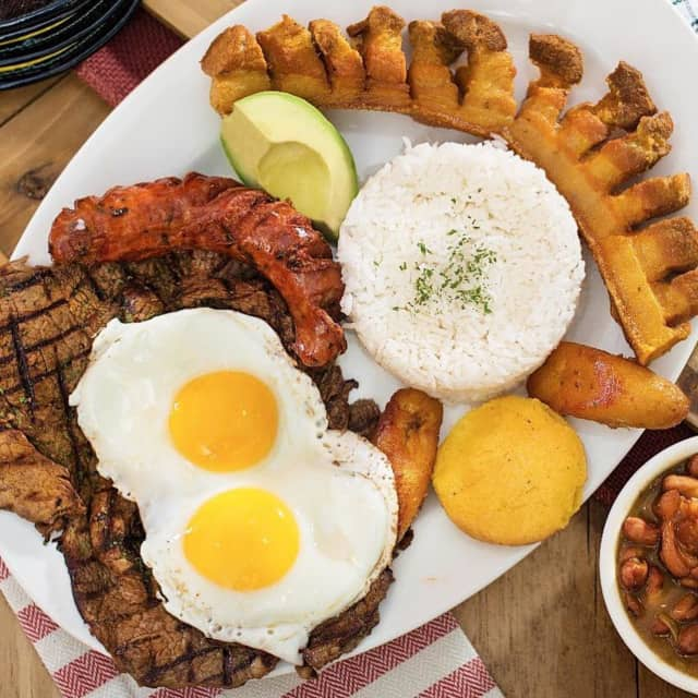 Noches de Colombia is expanding to South Hackensack.