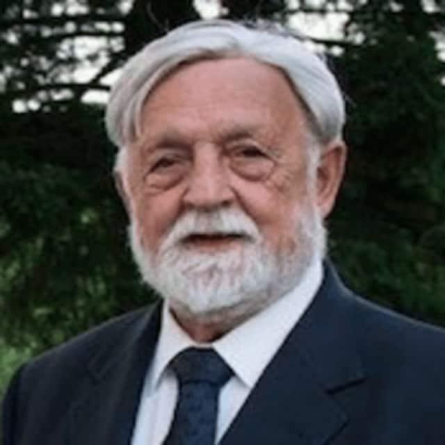 Nicholas Caldarola
