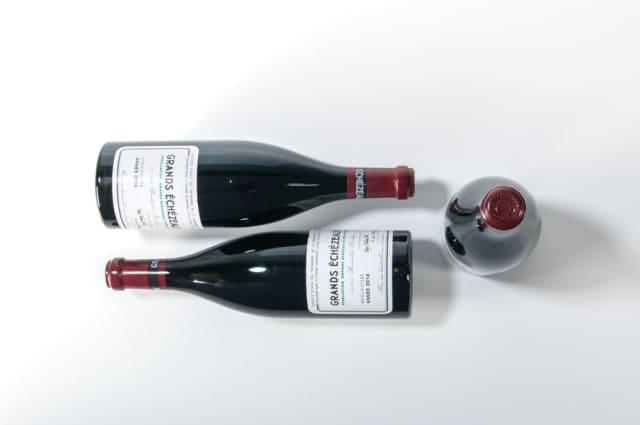 Wine-Moth. Domaine de la Romanée-Conti Grands Echezeaux 2014, three bottles, sold at Skinner Inc. for $4,613. Images courtesy Skinner Inc.