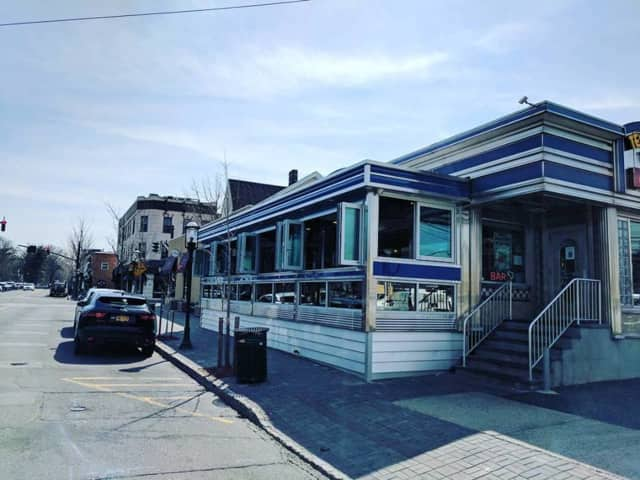 The Tenafly Diner has opened its new outdoor patio.