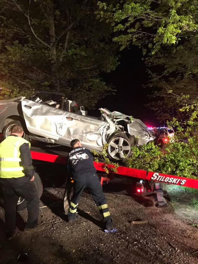 A Mohegan Lake man was killed early Wednesday in a car crash near Mount Pleasant.