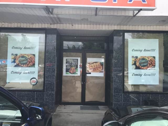 Philly Pretzel Factory is set to open in Clifton.