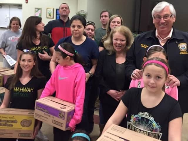 Mahwah Mayor Bill LaForet with Girl Scouts.