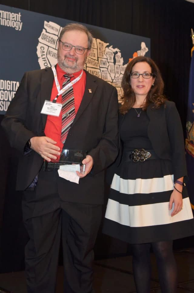 Dutchess County OCIS Project Leader William McVicker with NYS Office of Information Technology Services Executive Deputy CIO Karen Geduldig at the NY Digital Government Summit in Albany.