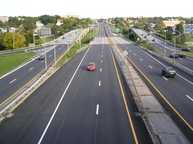 The Cross County Parkway in Yonkers was the site of a one-car accident early Saturday.