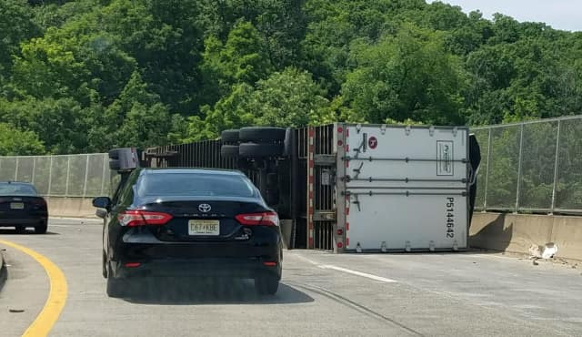 Traffic thickened quickly once NJ officials closed the overpass and Exit 66 of northbound Route 287.