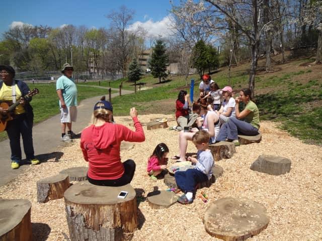 A previous Schoolyard Habitat program event at Columbus Magnet School in Norwalk. Now, Norwalk's Columbus Magnet School is celebrating the implementation of the Greenwich Audubon Grant to further develop its schoolyard habitat.