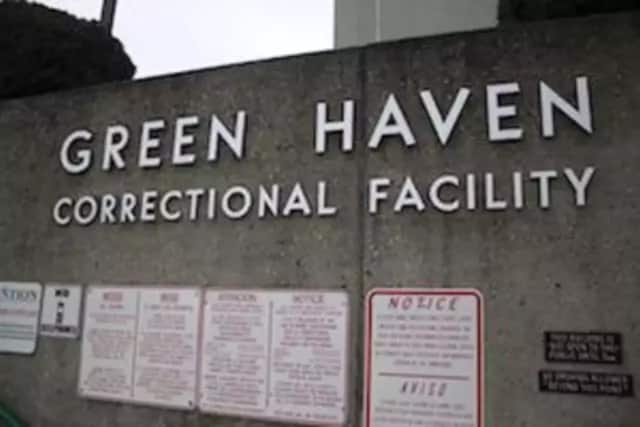 Four officers were injured by an inmate at Green Haven Correctional Facility.