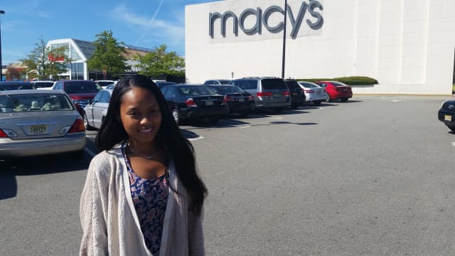 Pamela Nealy, who comesfrom New York City to shop at the Garden State Plaza.