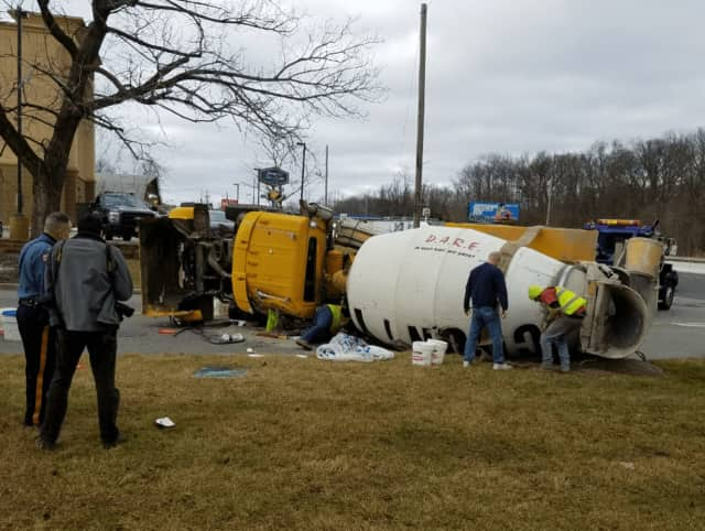 The crash didn't seriously affect southbound Route 17 traffic.