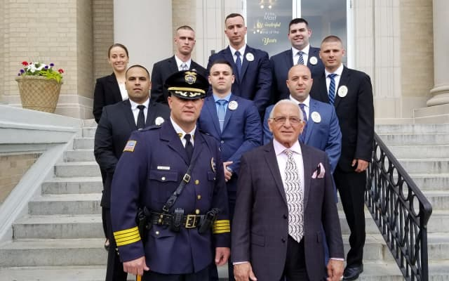 8 new Lyndhurst police officers were sworn by Mayor Robert Giangeruso, accompanied by Police Chief Richard Jarvis