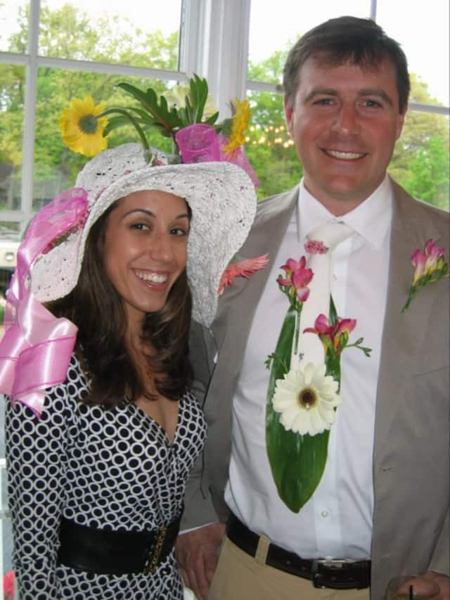 Join the Bergen Volunteer Center for Derby Day.