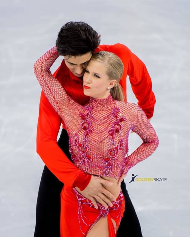 Kaitlyn Weaver and Andrew Poje of Fort Lee during the short dance practice.