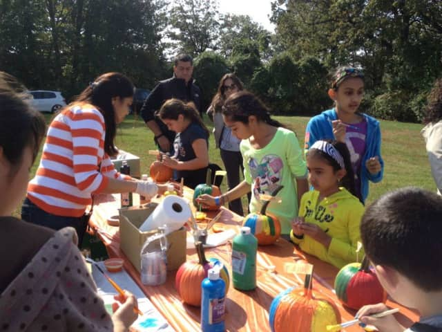 Englewood Cliffs Upper School will use art to help promote good environmental habits.