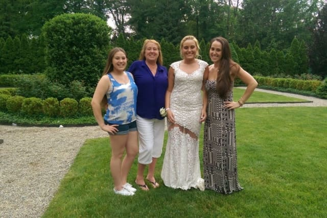 Cherie Arfmann and her three daughters.
