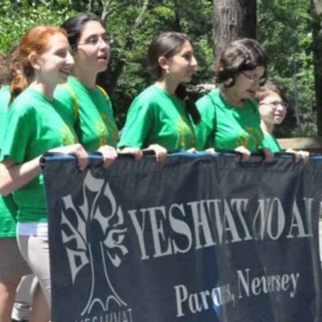 Yeshivat Noam will host a volunteer fair.