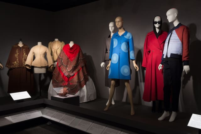 """An exhibition view of """"Fabric in Fashion"""" at The Museum at FIT. Images © The Museum at FIT. Courtesy The Museum at FIT."""