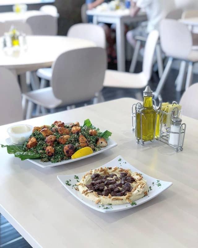 Nouri Cafe