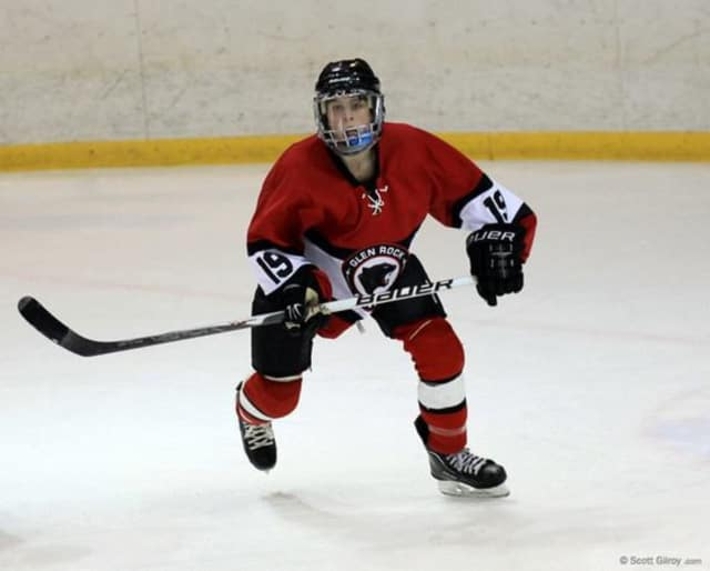 Francesca's in Glen Rock is having a fundraiser for the ice hockey team.