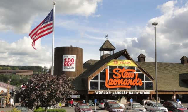 Stew Leonard's is coming to Paramus.