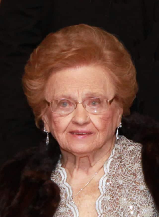 Nellie Hetel