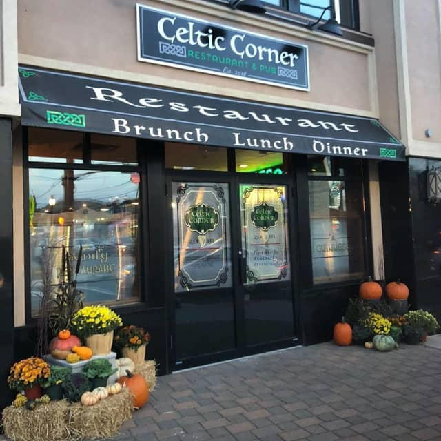 Celtic Corner in Hawthorne is dishing up Irish classics with a twist.