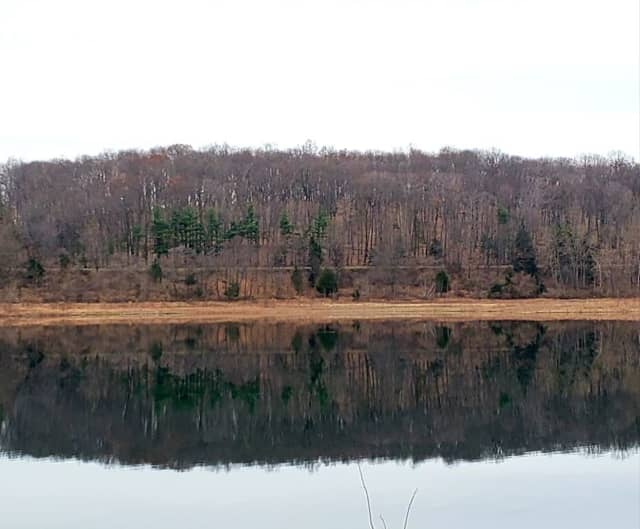 Round Valley Reservoir in Clinton