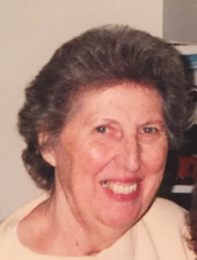 -Ruth Decker Ingram died on Jan. 1.
