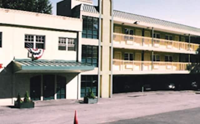 Yonkers Gateway Motel