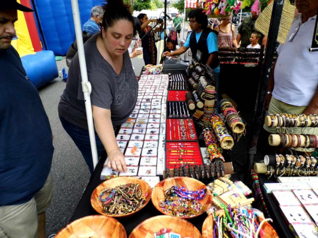 An Armory Flea Market & Collectible Show will take place in Teaneck on Saturday, May 28.